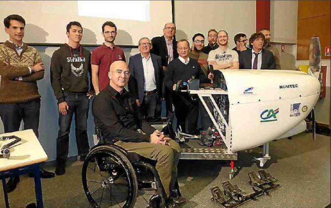 L'aéro-médalier : un nouveau système pour pilotes handicapés